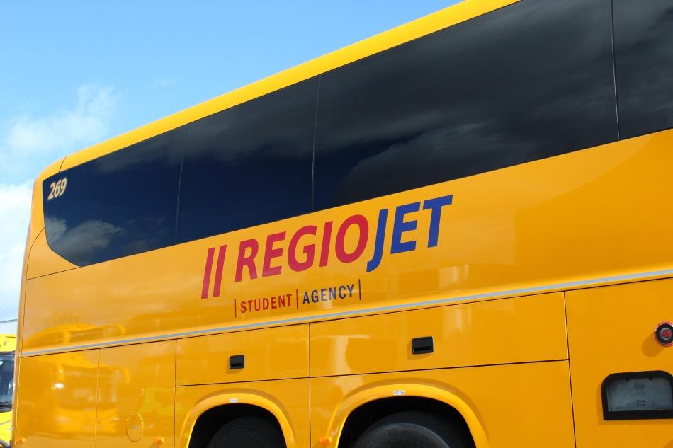 RegioJet Irizar i8 logo