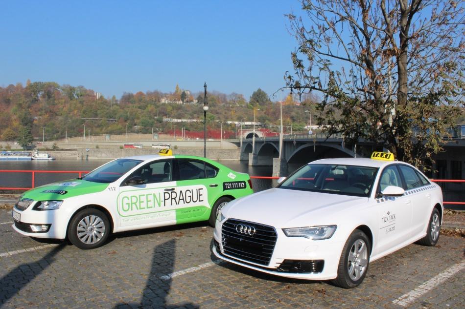 Tick_Tack_Taxi_a_Green_Prague_Taxi_STUDENT_AGENCY